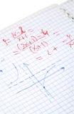 Calcoli di per la matematica scritti mano immagini stock