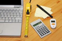 Calcolo di finanze fotografie stock