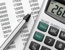 Calcul d'impôts Photos libres de droits