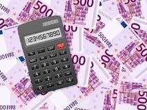 Calculadora em cinco cem fundos do euro ilustração royalty free