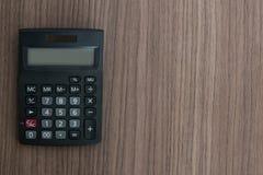Calculadora en el escritorio fotografía de archivo libre de regalías