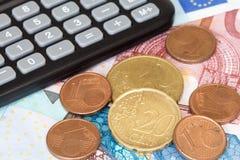 Calculadora en moneda de la UE Fotografía de archivo