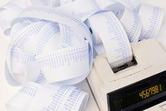 Calculadora para los costes, costos, réditos y imágenes de archivo libres de regalías
