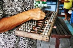 Calculadora retro chinesa Ábaco chinês Imagem de Stock