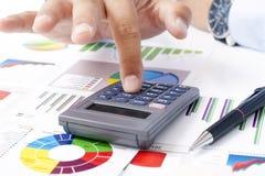 Calculadora y declaraciones de impuestos Imagen de archivo