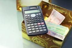 Calculadora y euros Imagen de archivo