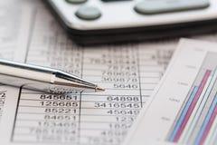 Calculadoras e statistk imagem de stock