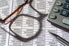 Calculadoras e statistk imagens de stock