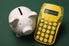 calculating besparingar Arkivfoto