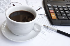 Calculating and coffee Royalty Free Stock Photography