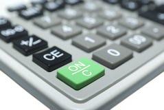 Calculatormacro die op wit wordt geïsoleerd. Knippende Weg. Royalty-vrije Stock Afbeeldingen