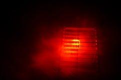 Calculatrice chinoise avec les perles colorées sur le fond orange d'obscurité de fumée du feu Photo de concept des affaires, enfa Photos stock