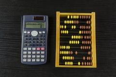 Calculatrice de compte d'abaque Images stock