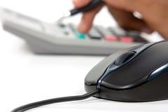 Calculatrice et crayon lecteur de souris Photos libres de droits