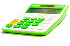 Calculatrice verte de Digital d'isolement sur le fond blanc Images libres de droits