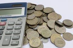 Calcule las monedas Imágenes de archivo libres de regalías