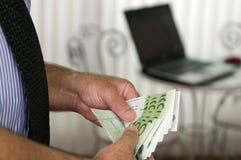 Calcule o dinheiro! fotos de stock royalty free