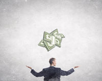 Calcule sua renda de dinheiro fotografia de stock