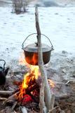 Caldaia sul fuoco fotografie stock