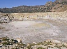 Caldeira de volcan dans Nissiros Images stock