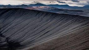 Caldera av den Hverfjall vulkan arkivbilder