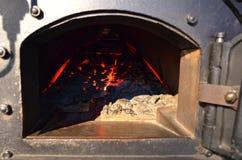 Caldera de vapor encendida carbón Fotos de archivo