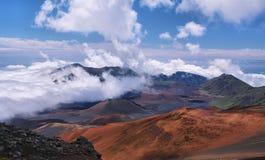 Caldera van de Haleakala-vulkaan in het eiland van Maui Stock Foto's