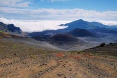 Caldera van de Haleakala-vulkaan in het eiland van Maui Stock Afbeeldingen