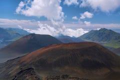 Caldera van de Haleakala-vulkaan in het eiland van Maui Royalty-vrije Stock Foto's