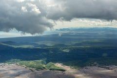 Calderavulkaan Maly Semyachik Kronotskynatuurreservaat op het Schiereiland van Kamchatka royalty-vrije stock afbeelding