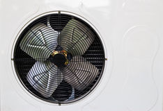 Calefacción y unidad de la CA usada en hogar residencial Imagenes de archivo