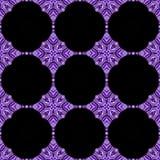 Caleidoscopische purpere bloemachtergrond Splited kleurrijke foto in tegels Stock Afbeeldingen