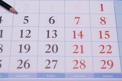 Calendário com lápis Fotografia de Stock Royalty Free