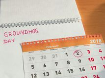 Calendário de fevereiro do dia de Groundhog, bloco de notas com data o 2 de fevereiro Foto de Stock Royalty Free