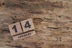 Calendário do cubo para janeiro no fundo de madeira Fotografia de Stock