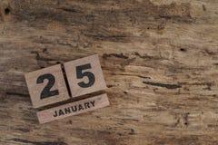 Calendário do cubo para janeiro no fundo de madeira Fotos de Stock