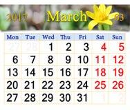 Calendário para abril de 2017 com a flor da ficária Fotografia de Stock
