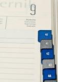 Calendário para incorporar a reunião que mostra a tâmara de Fotos de Stock