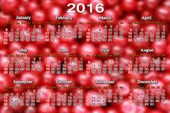 Calendário para 2016 no fundo das bagas da cereja Imagens de Stock Royalty Free