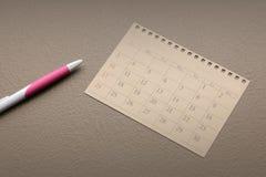 Calendar плановик или запланируйте расположение на винтажной бумажной предпосылке стоковое изображение rf