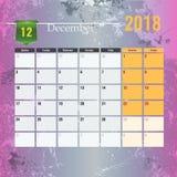 Calendar шаблон на месяц 2018 -го в декабре с абстрактной предпосылкой grunge Стоковые Фотографии RF