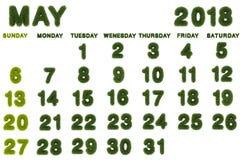 Calendar för Maj 2018 på vit bakgrund Arkivfoton