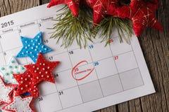 Calendar med det tydliga datumet av juldagen Arkivbild