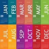 Calendar pelo ano 2018 com grupo de cartão dois da cor Fotografia de Stock