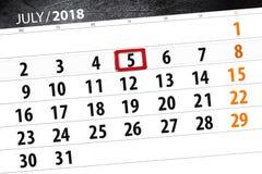 Calendar stadsplaneraren för månaden, stopptiddagen av veckan, torsdag, 2018 juli 5 Arkivfoto