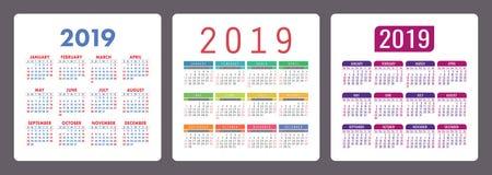 Calendario 2019 años Sistema colorido del inglés Comienzo de la semana el domingo stock de ilustración