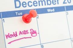 Calendario che segna la Giornata mondiale contro l'AIDS del 1° dicembre Fotografia Stock Libera da Diritti
