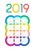 Calendario colorido 2019 de círculos multicolores con el ribete en blanco stock de ilustración