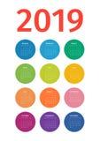 Calendario colorido 2019 de círculos multicolores en blanco stock de ilustración