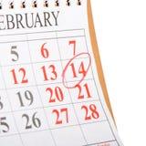 Calendario con la data del biglietto di S. Valentino della st Fotografie Stock Libere da Diritti